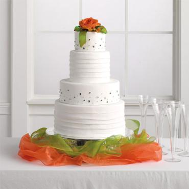 Simple Table and Cake Decoration